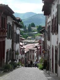 les chemins de jacques de compostelle en pays basque la boutique du p 232 lerin st jean